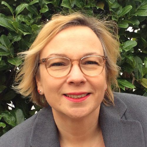 Anja Lhotak